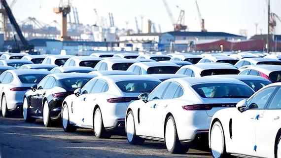 Lượng xe hơi xuất khẩu giảm là một trong những nguyên nhân kéo giảm kinh tế Đức