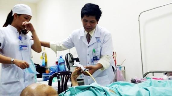 Số người mắc ung thư ở Việt Nam liên tục gia tăng kéo theo số ca tử vong cũng tăng cao