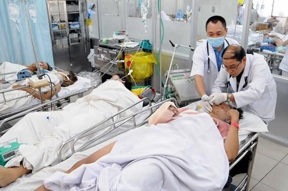 Bệnh nhân cấp cứu tại Bệnh viện Chợ Rẫy, TPHCM