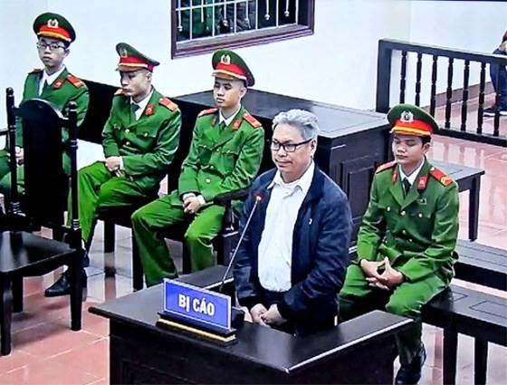 Giảm 1 năm tù cho cựu giáo viên hoạt động chống phá nhà nước