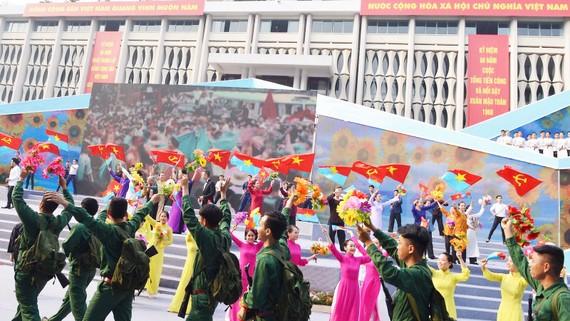 Lễ kỷ niệm 50 năm cuộc Tổng tiến công và nổi dậy Xuân Mậu Thân 1968. Ảnh: VIỆT DŨNG