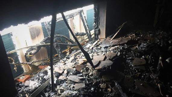 Hiện trường ngổn ngang sau vụ cháy