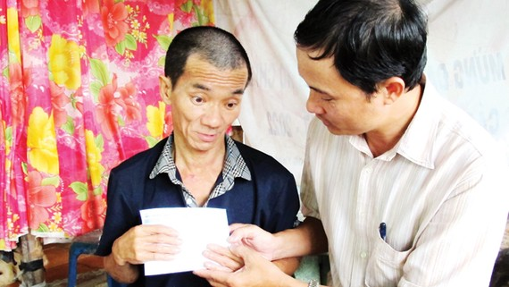 Gần 15 triệu đồng giúp anh Yêng Hồng Mỹ