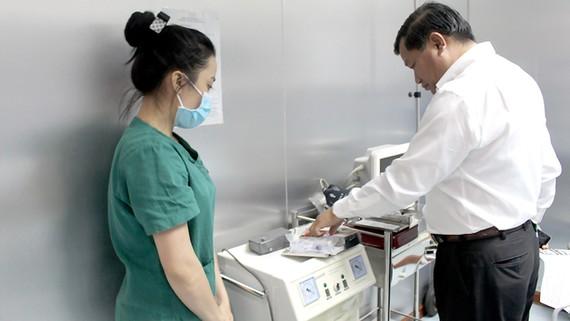 Thanh tra ngành y tế kiểm tra hoạt động phòng khám đa khoa trên địa bàn TPHCM