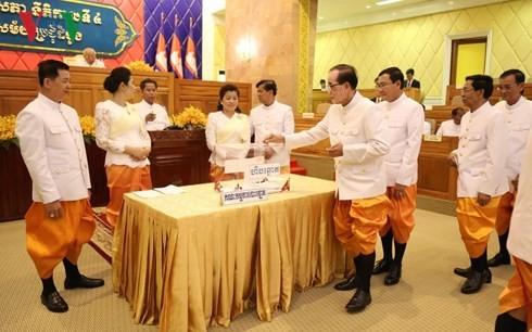 Các Thượng nghị sĩ Campuchia bỏ phiếu bầu Chủ tịch Thượng viện