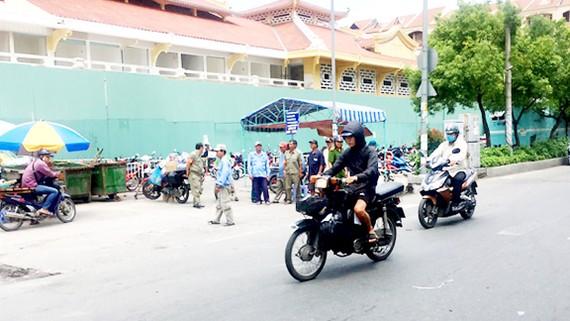 Thành viên Nghiệp đoàn xe ôm phường 2, quận 6 tích cực tham gia phong trào bảo vệ an ninh Tổ quốc