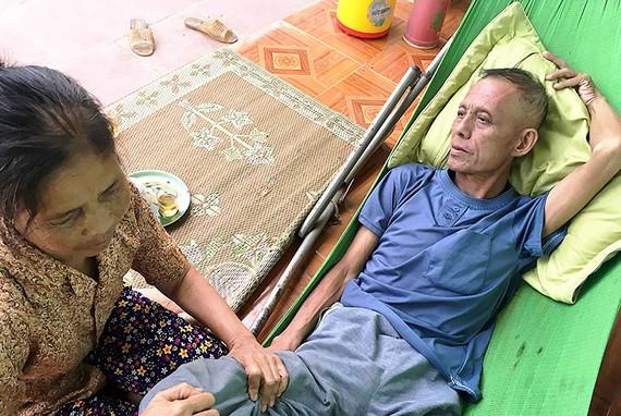 Chồng ung thư, vợ bệnh tim
