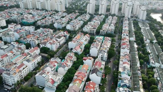 Dân cư hình thành tại khu Nam thành phố                Ảnh: Thành Trí