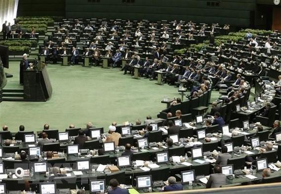 Toàn cảnh một phiên họp Quốc hội ở Tehran. Nguồn: TTXVN