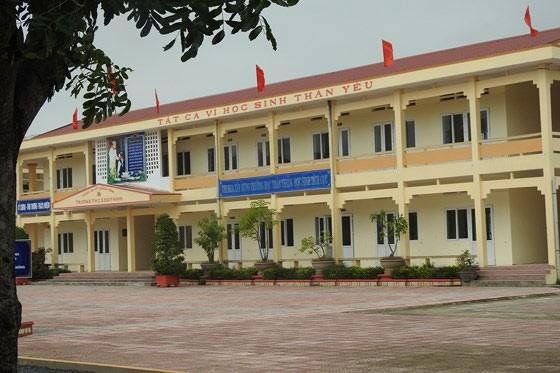 Trường THCS Duy Ninh - nơi em N. phải nhập viện vì bị cô giáo phạt 231 cái tát