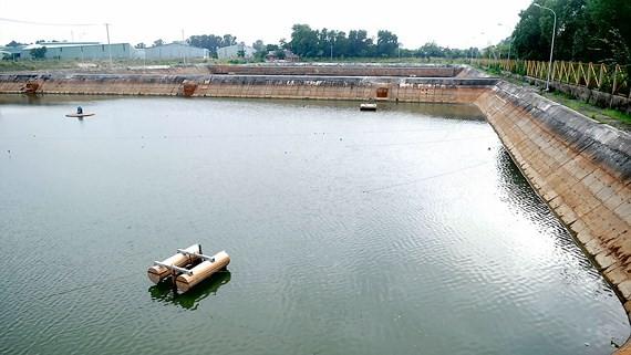 Hồ xử lý nước thải kênh Ba Bò góp phần giúp nước sông Đồng Nai tốt hơn. Ảnh: THÀNH TRÍ