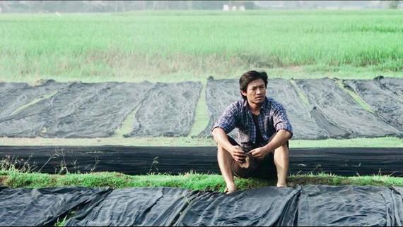 Tơ duyên (biên kịch Đặng Thanh, Thảo Ngân) xoay quanh Đen, con ông Bảy Nưa - một thợ dệt Lãnh Mỹ A xứ Tân Châu