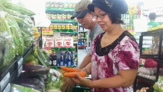 Mua hàng tại hệ thống siêu thị đang là xu hướng tiêu dùng của cộng đồng