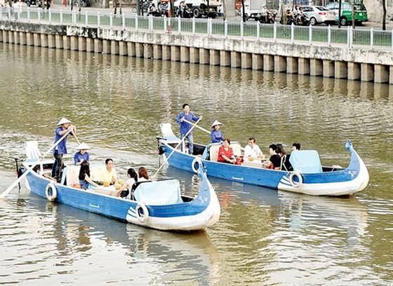 Một sản phẩm du lịch đường sông tại TPHCM