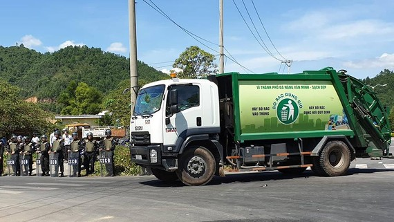Việc vận chuyển rác vào bãi rác Khánh Sơn  đã hoạt động trở lại bình thường