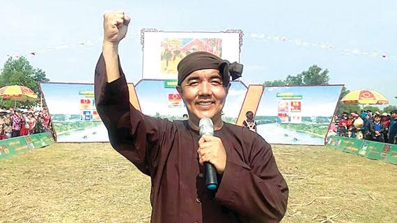 Đạo diễn, MC Quốc Thuận: Cố gắng đi và trải nghiệm