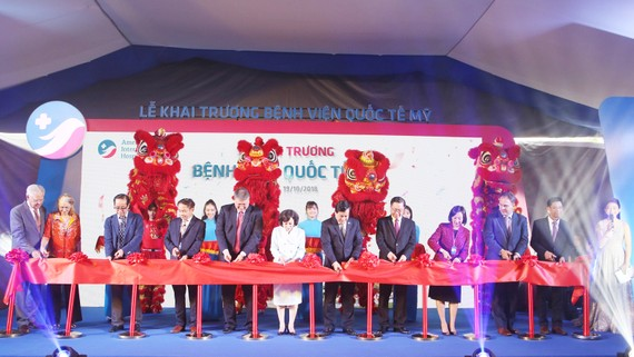 Khai trương bệnh viện quốc tế đầu tiên tại Việt Nam theo tiêu chuẩn Mỹ