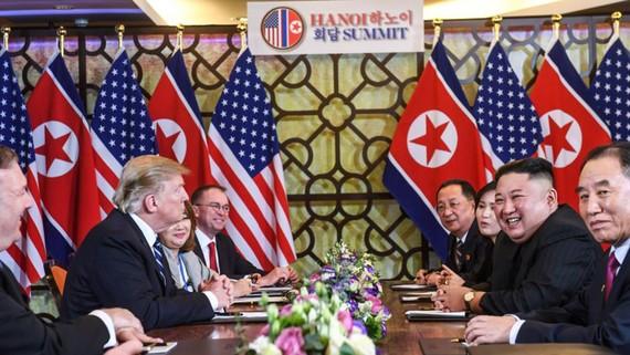 Lãnh đạo hai nước trong cuộc gặp mở rộng