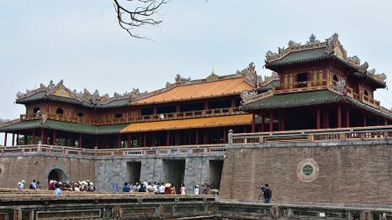 Cổng Ngọ Môn, Đại Nội Huế sau khi được làm sạch. Ảnh: HMCC