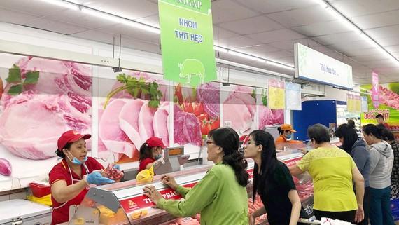 TPHCM tăng cường kiểm soát chất lượng thịt heo cung ứng vào thị trường