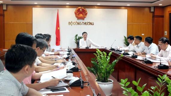 Bộ trưởng Bộ Công thương Trần Tuấn Anh phát biểu tại cuộc họp.Ảnh: Bộ Công thương
