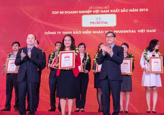 Prudential - Top 50 DN Việt Nam xuất sắc.