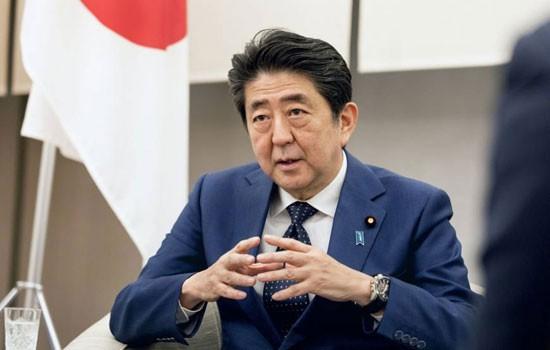 Dư luận Nhật Bản nghi ngờ về chương trình kinh tế của Thủ tướng Shinzo Abe.