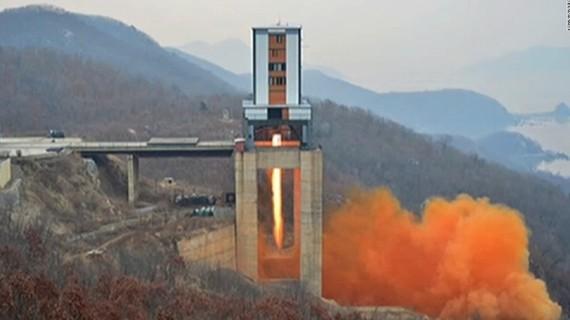 Triều Tiên thử động cơ phóng tên lửa xuyên lục địa