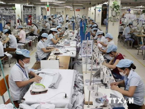 In the first four months of this year, the US continued to be the biggest importer of Vietnamese goods, buying 4.42 billion USD worth of garment-textile, up 9.1 percent year-on-year. (Illustrative photo: VNA)