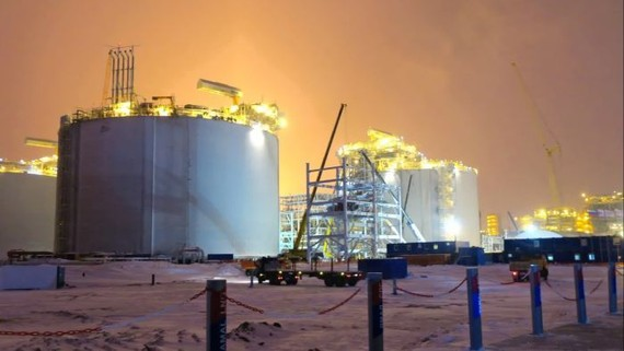 Russia wants to send more LNG from plants in the Arctic to Japan and other Asian countries.