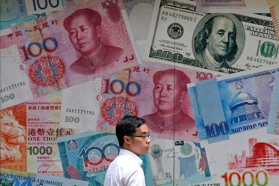 A weaker yuan makes Chinese goods more competitive abroad, and makes U.S. products and other imports into China more expensive. PHOTO: KIN CHEUNG/ASSOCIATED PRESS