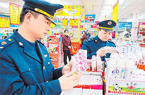 Trung Quốc mạnh tay với thực phẩm bẩn