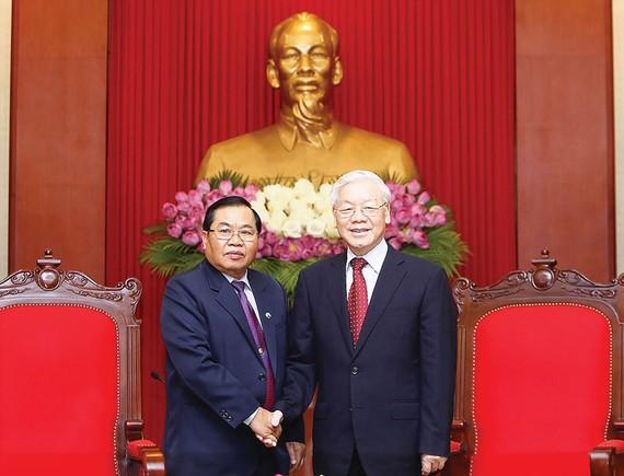 Tổng Bí thư Nguyễn Phú Trọng tiếp Phó Chủ tịch Quốc hội Lào Sengnouane Sayalat thăm chính thức Việt Nam
