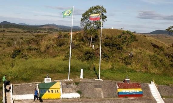 Brazil có khả năng đóng cửa biên giới với Venezuela do người nhập cư quá đông. Ảnh Reuters