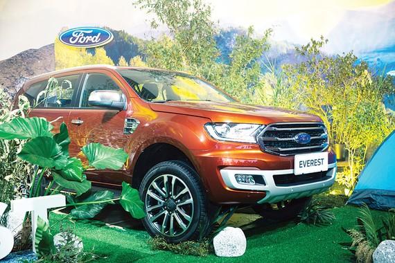 An toàn, mạnh mẽ, hiệu quả vượt trội với động cơ Diesel Bi-Turbo 2.0L, hộp số tự động 10 cấp
