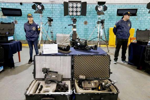 Triệt phá băng nhóm trộm cắp thiết bị từ Hollywood