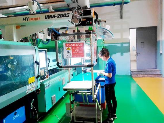 Sản xuất tại Công ty Minh Nguyên