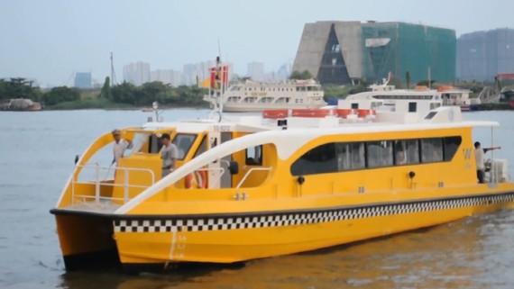 Buýt đường thủy tạo sự sinh động, nét đẹp văn hóa sông nước của TPHCM              Ảnh: Hạnh Lê