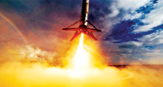 Tên lửa đẩy của SpaceX rơi xuống biển