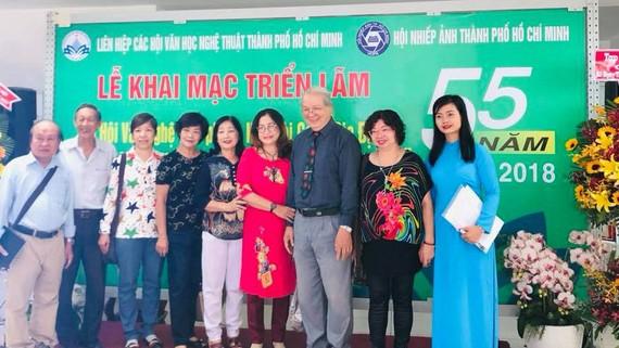 Kỷ niệm 55 năm thành lập Liên hiệp Các hội văn học nghệ thuật TPHCM. Ảnh: TRẦN KIM PHẲNG