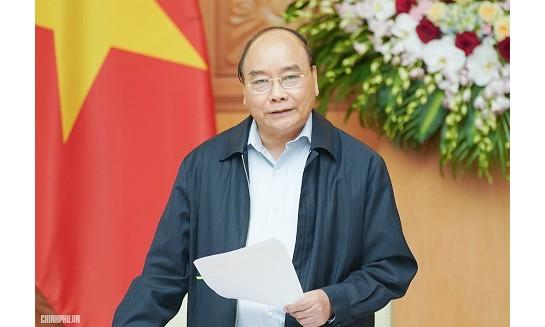 Thủ tướng Nguyễn Xuân Phúc phát biểu tại phiên họp.Ảnh: VGP