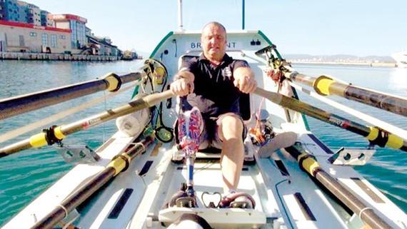 Kỷ lục mới về chèo thuyền vượt Đại Tây Dương