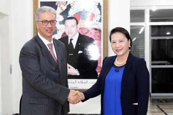 Chủ tịch Quốc hội Nguyễn Thị Kim Ngân và Toàn quyền Vùng Marrakech Karim Kassi Lahlou. Ảnh: TTXVN