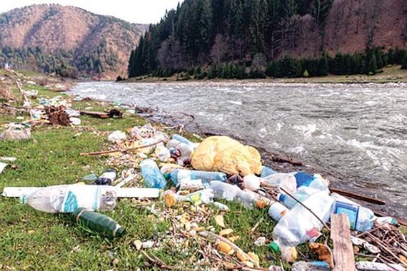 Lại báo động rác thải nhựa