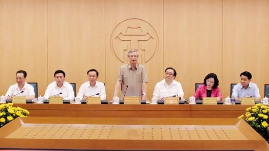 Đồng chí Trần Quốc Vượng phát biểu tại buổi làm việc