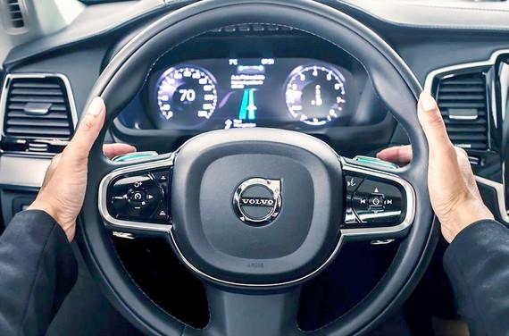 Volvo bắt tay Alibaba đầu tư công nghệ AI