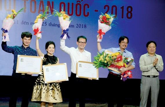 4 đơn vị nghệ thuật đoạt Huy chương vàng