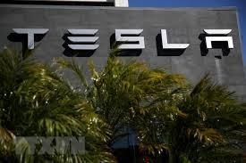 Tesla bị kiện vì lạm dụng người lao động nước ngoài