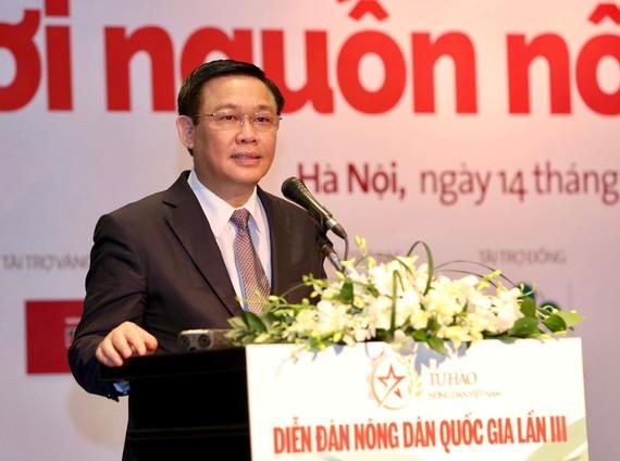 Phó Thủ tướng Vương Đình Huệ phát biểu tại diễn đàn. Ảnh VGP/Thành Chung