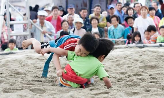 Môn đấu vật Ssrieum được công nhận là di sản văn hóa thế giới
